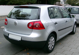 VW_Golf_V_rear_20071026.jpeg
